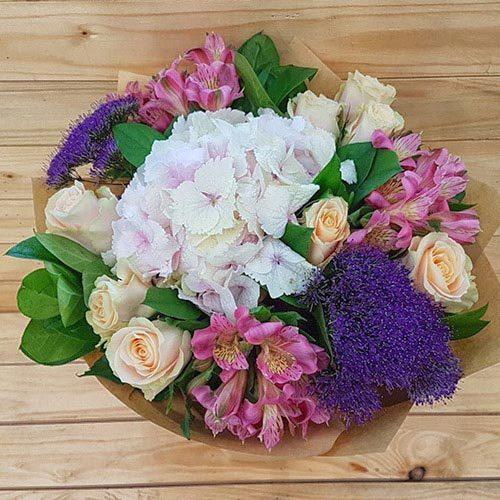 Elegancia   Buy Flowers in Dubai UAE   Gifts